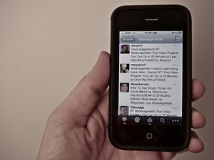Using Twitter on an iPhone to check jobs